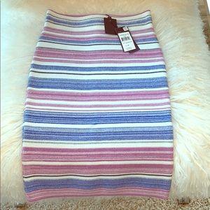 Fantastic BCBG MaxAzria new skirt!! ❤️❤️